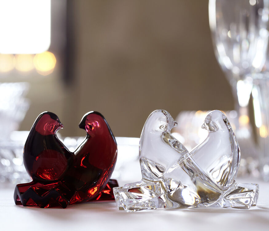 DOVES, Red - 3
